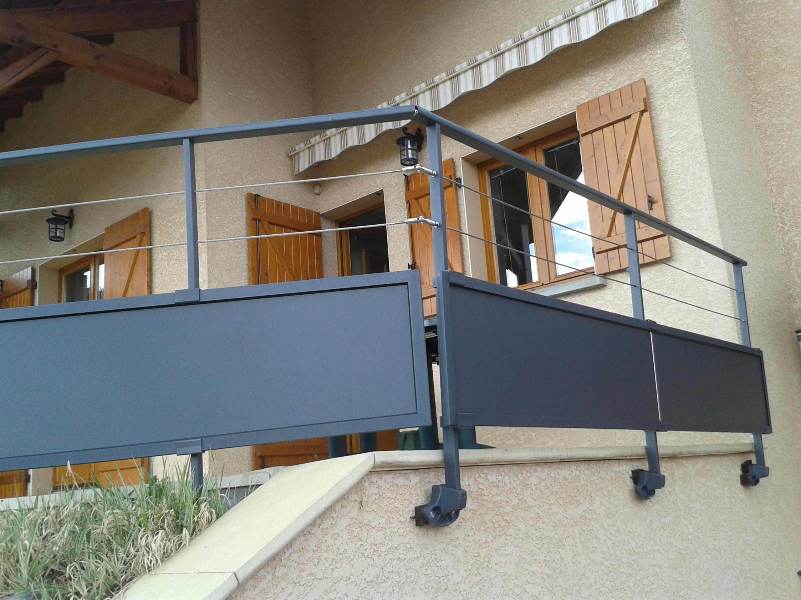 garde corps cga portails aluminium. Black Bedroom Furniture Sets. Home Design Ideas